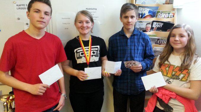 4 glada pristagare: Magne, Maja, Andreas, Ylva